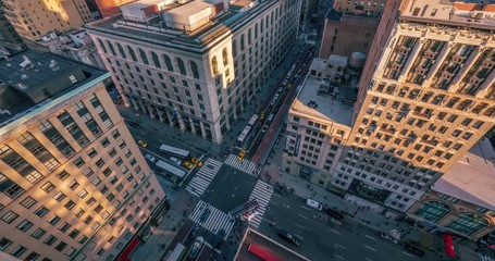 Fototapete - Aerial view street traffic midtown Manhattan from above NYC NY. 4K UHD timelapse
