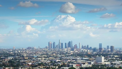 Fototapete - Zoom in on downtown Los Angeles skyline. 4K UHD Timelapse