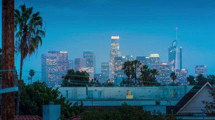 Klistermärke - Downtown City of Los Angeles skyline changing from dusk to night. 4K timelapse