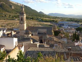 Biar. Pueblo de la Comunidad Valenciana, España, situado en el interior de la provincia de Alicante, en la comarca del Alto Vinalopó