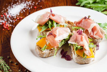 sandwich with jamon