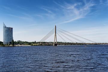 Vansu Brücke in Riga über Fluss Daugava, Lettland