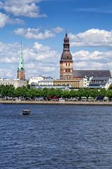 Blick auf Dom und St. Jakobs-Kathedrale Riga, Lettland
