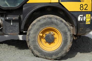Profil von einem Bagger-Reifen