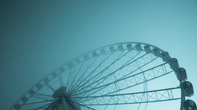 Ferris Wheel with color tone - Angle 01
