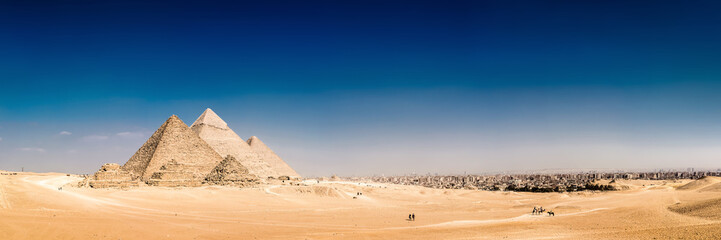 Photo sur cadre textile Egypte Panorama of the area with the great pyramids of Giza, Egypt