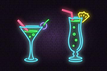 Set of cocktail neon emblem.Vector illustration.
