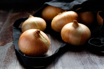 onions dropped out from bag