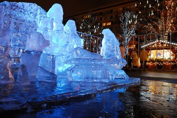 Ice sculptures on the streets of the city, before Christmas/Christmas items and Christmas decorations, decorations of the city of Moscow, Russia