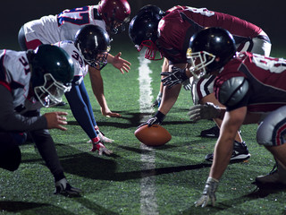american football players are ready to start