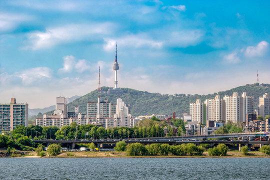 Seoul scenery that is seen across the Han River