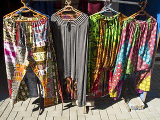 bunte afrikanische Kleidung