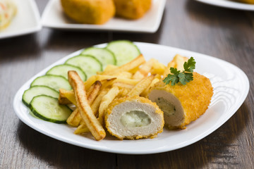 Cutlet de volaille with fries