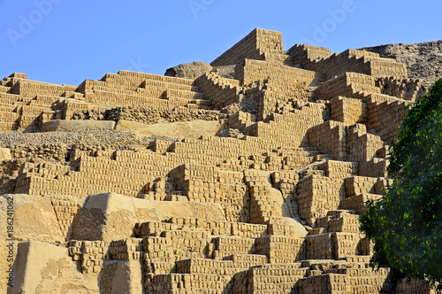 huaca pucllana a clay pyramid located in the miraflores district