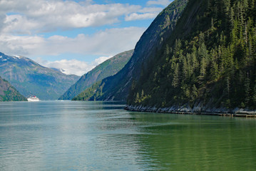 cruising the alaskan fjords