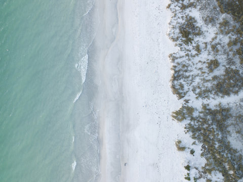An overview shot of the coast on Anna Maria Island