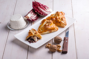 panzerotti stuffed with ricotta cheese red chicory and nuts