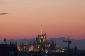 Duomo di Milano di sera