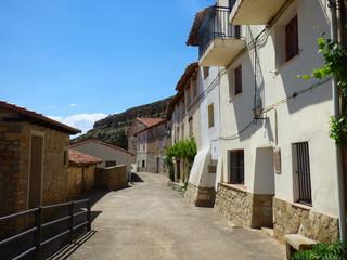 Allepuz,localidad y municipio de la comarca Maestrazgo en la provincia de Teruel, en la comunidad autónoma de Aragón, España.