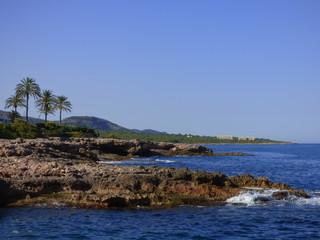Playa de Alcossebre o Alcocéber, población perteneciente al municipio de Alcalá de Chivert en la provincia de Castellón, España