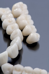 Ceramic tooth