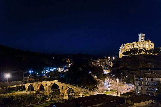Manresa at night