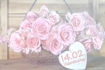 14.02. Valentinstag, Rosen mit Herz