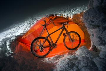Mountain biking on Goverla in the New Year