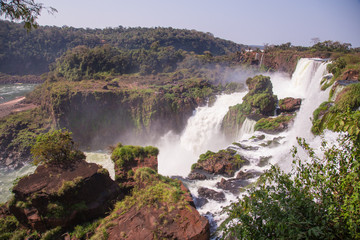 La pose en embrasure Bali iguazu falls in argentina
