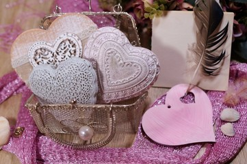 Valentine's Day in shades of pink - hearts in mesh bag