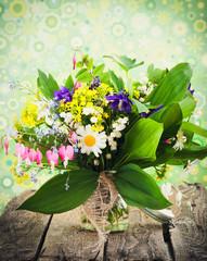 frische Frühlingsblumen