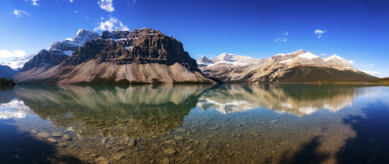 Canada, Alberta, Bow Lake, Icefields Parkway, Jasper National Park Wall mural