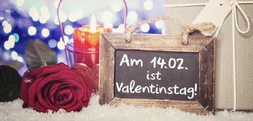 Wall Mural - Valentinstagskarte Kerze Rose Geschenk Vintage