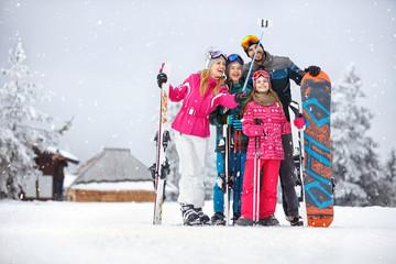 winter family selfie photo