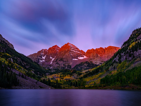 Alpenglow on the Maroon Bells