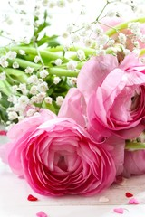 Pink Roses / Valentines day background, selective focus