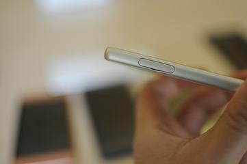 Smartphone di lato