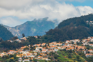 A view over the roof tops of buildings in Funchal, Madeira Fototapete