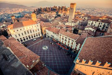 Zelfklevend Fotobehang Diepbruine Bergamo Alta old town at sunset - Piazza Vecchia - Lombardy Italy