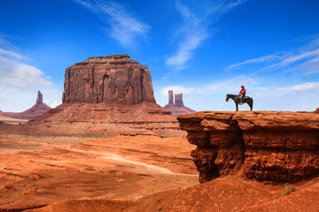 Foto auf Gartenposter Rotglühen Monument Valley with Horseback rider ( john ford's point ) / Utah - USA