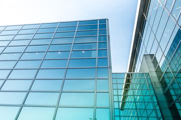 moderne Glasfassade - Industriebau in Deutschland