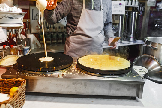 pancake cooking at Prague, street food