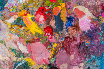Detail of an artist´s color mixing palette