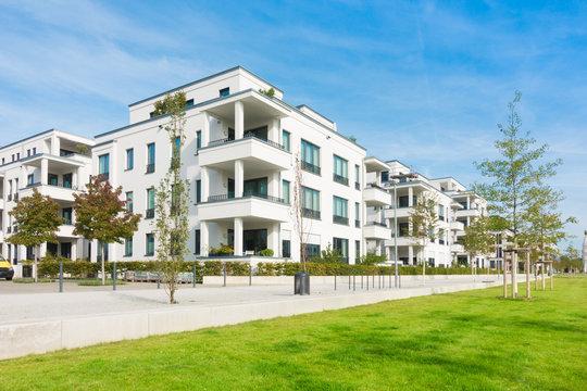 Mehrfamilienhäuser - Wohngebiet und Park