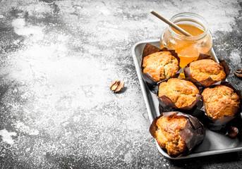 Fruit honey muffins.