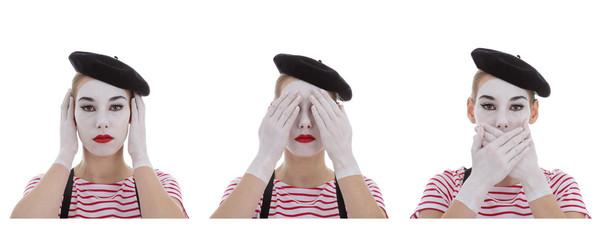 jeune fille mime maquillage blanc théâtre mimant les 3 singes de la sagesse