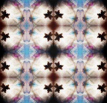 Graphic elements inside kaleidoscope view finder