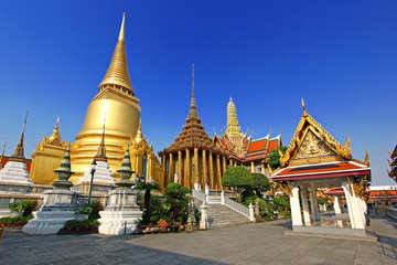Wall Murals Place of worship Temple of the Emerald Buddha at dusk, Wat Phra Kaew ,Thailand