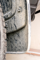 cement powder on mudguard and wheel