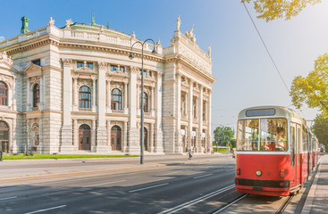 Foto op Canvas Wenen Wiener Burgtheater with traditional tram, Vienna, Austria